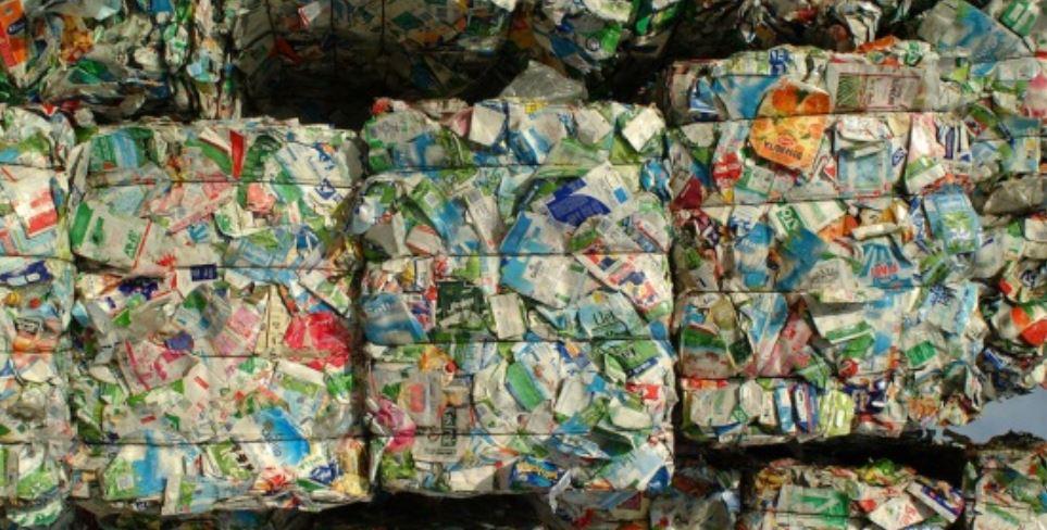 Los españoles, a la cabeza en Europa del reciclaje de envases de cartón para bebidas